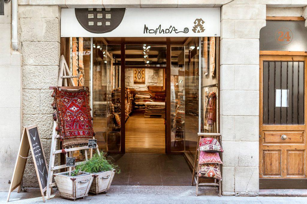 Tienda Nómada de alfombras tejidas a mano, San Sebastián